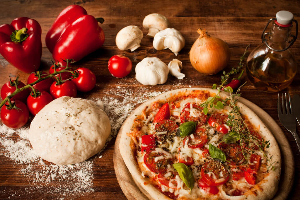 Pizza z ciastem